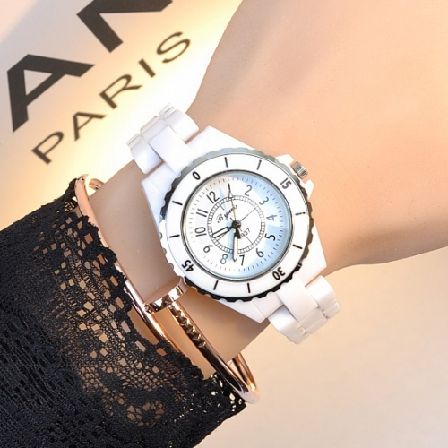 Stylish Ladies Ceramic Watch